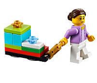 Lego Iconic Новогодняя городская площадь 40263, фото 4