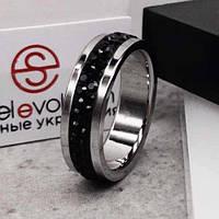 Кольцо с черными кристаллами Swarovski 15-20 р 102670