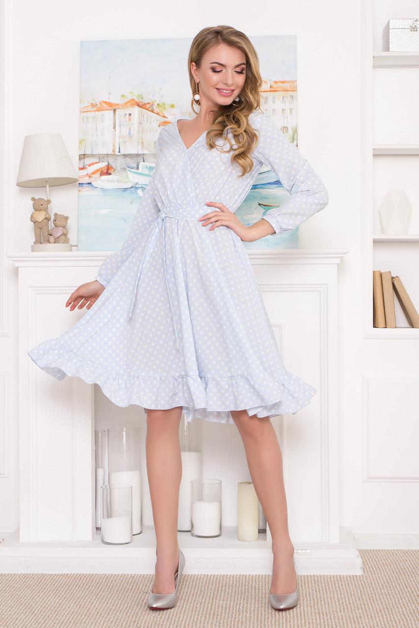 Платье миди голубое в горошек с ложным запахом