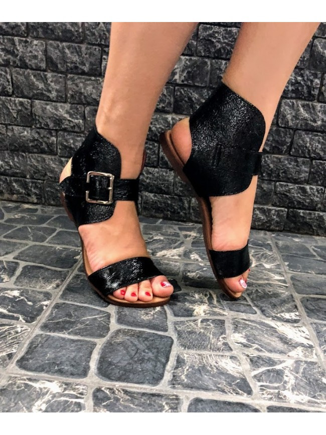Женские сандалии из натуральной кожи черного цвета BREAK-IN BLACK LEATHER