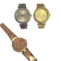 Женские часы Guess с камнями