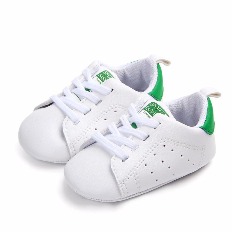 Пинетки кроссовки малышам 13.см, 12 см.