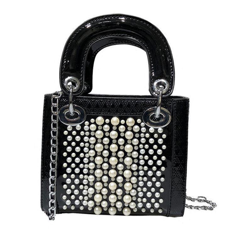 d2d06e2a60f9 Черная лаковая сумка с жемчугом, цена 819 грн., купить в Киеве ...