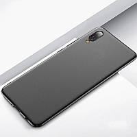 Черный силиконовый чехол Huawei Y6 (2019)