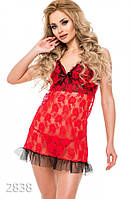 Красная полупрозрачная ночная сорочка с черным рюшем