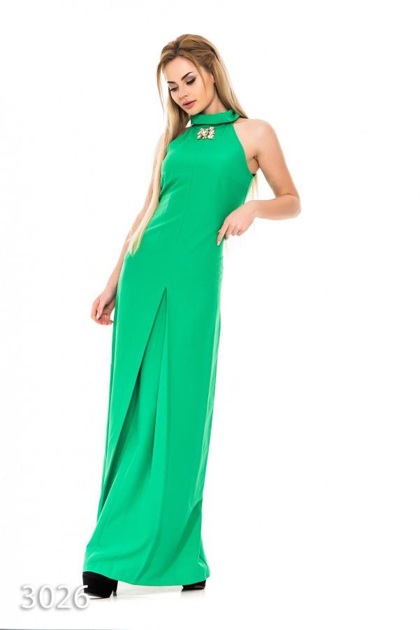 8fc6e5a463c Зеленое узкое платье в пол без рукавов с брошью у ворота - Интернет-магазин