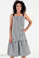 Черное-белое клетчатое прямое платье с широким воланом лентой вместо бретелек