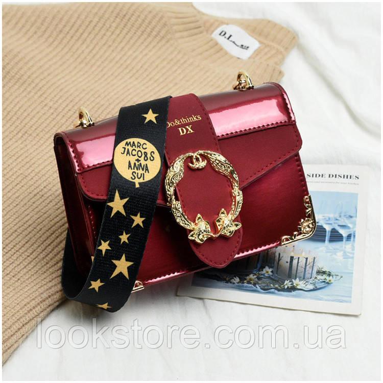 Маленькая женская лаковая сумка Marc Jacobs красная