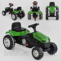 Трактор педальный зеленый, пластиковые колеса с звуковым сигналом от 3-х лет