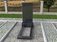 Памятник из габбро с портретом