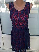 Красивое платье из гипюра на подкладке с поясом