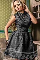 Легкое женское коктейльное платье без рукавов воротник стойка жаккард , фото 1