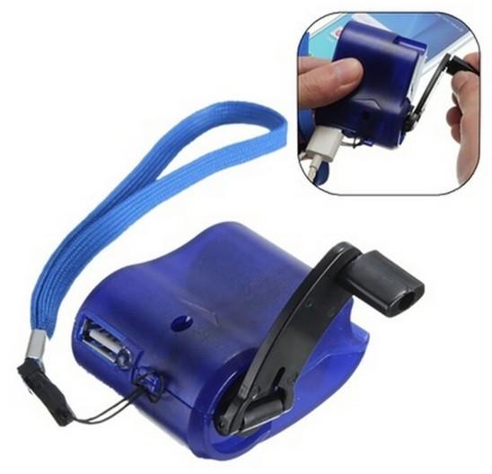 Портативная механическая динамо-зарядка для смартфона и Power bank! синяя.
