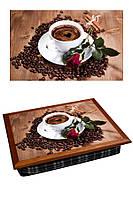 Поднос на подушке BST 040346 44*36 коричневый розочка на блюдце с чашкой кофе