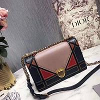 d265022b5329 Сумка Diorama в стиле пэчворк, кожа ягненка, разноцветный узор Archicannage  из заклепок.