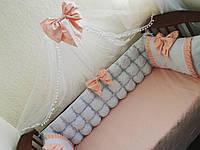 Комплект бортиков в детскую кроватку для новорожденных: Бомбон + 2 подушки + простынка из хлопка