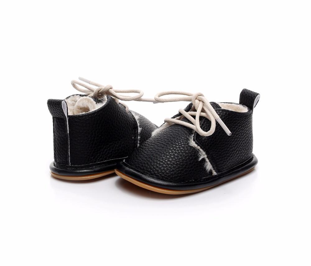 Утепленные ботинки для малышей 14 см, 12 см.