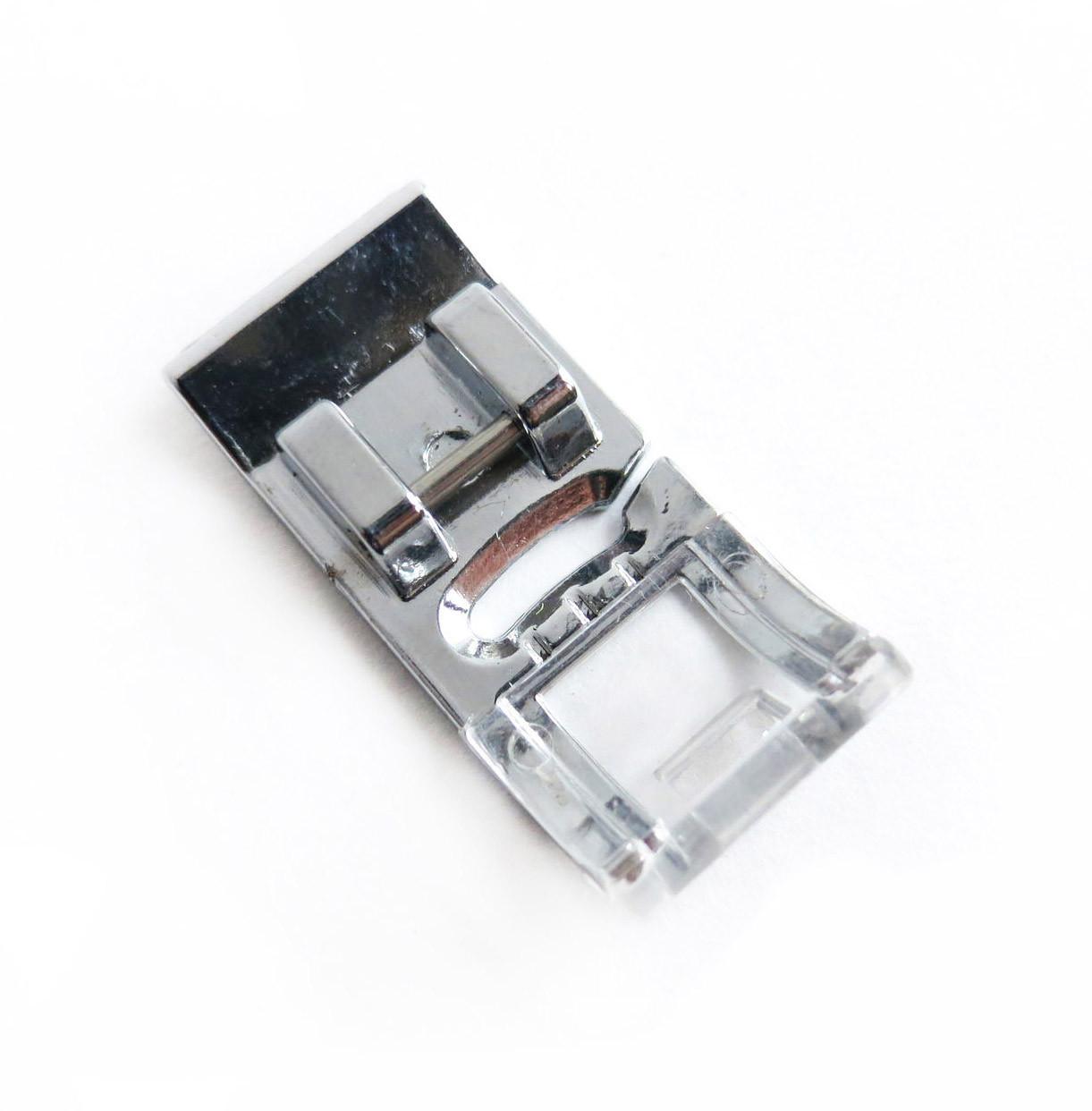 Лапка универсальная для швейных машин с горизонтальным челноком