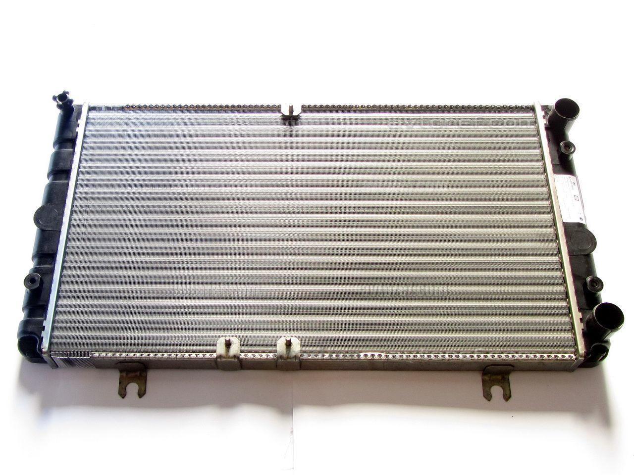 Радиатор вод. охлажд. ВАЗ 1118 КАЛИНА (пр-во ПЕКАР), 1118-1301012