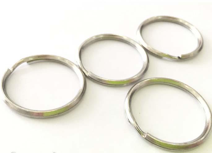 Кольцо на ключи    ровное   3  см