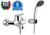 Смеситель для ванны с душем REMER K02