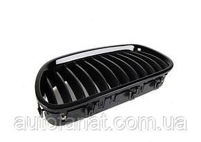 Оригінальна чорна решітка радіатора ліва M Performance BMW 5 (F10) (51712165539)