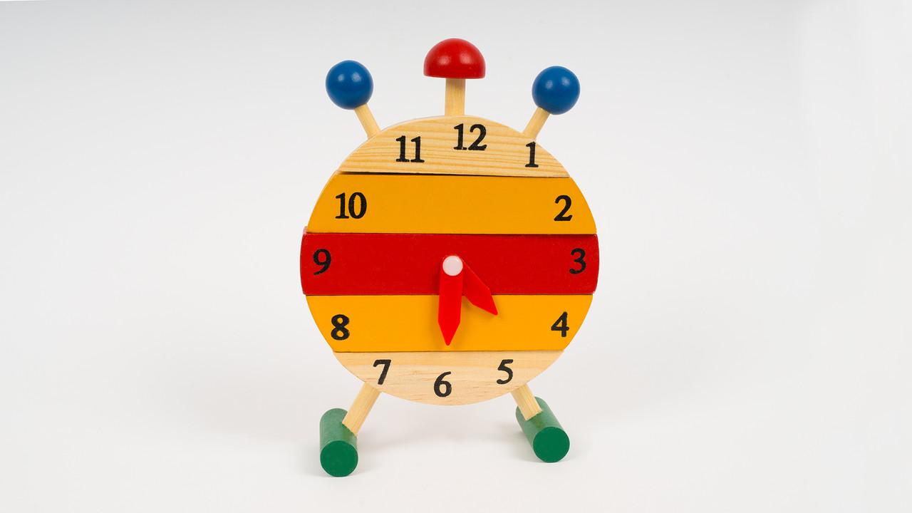 Деревянная игрушка развивающая - Часы. Серия геометрика