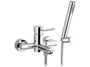 Смеситель для ванны с душем REMER N02