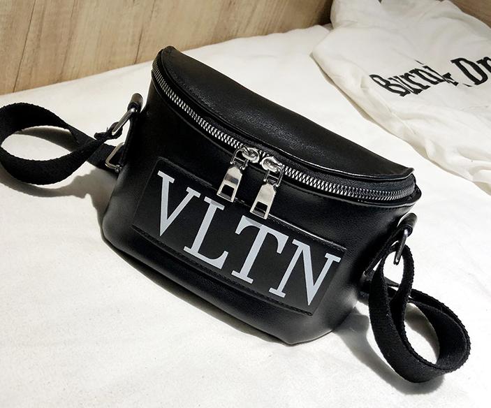 Сумка женская кросс-боди Valentino (черная)