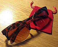 Окуляри сонцезахисні в ретро стилі - очі кішечки, коричневий колір лінз, оправа леопардовий принт