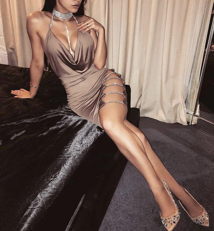 ad490a51ac6 Модное сексуальное платье с разрезами бежевое - Интернет-магазин