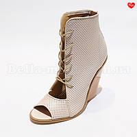 Женские ботинки открытый носок