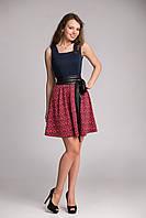 Очаровательное женское летнее платье в самых современных тенденциях моды