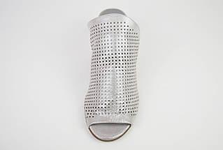 Шльопанці з натуральної шкіри сріблясті Donna Style 90206, фото 3