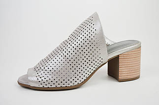 Шльопанці з натуральної шкіри сріблясті Donna Style 90206, фото 2