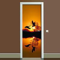 Наклейка на дверь Журавли (полноцветная фотопечать, пленка для двери, декор двери)