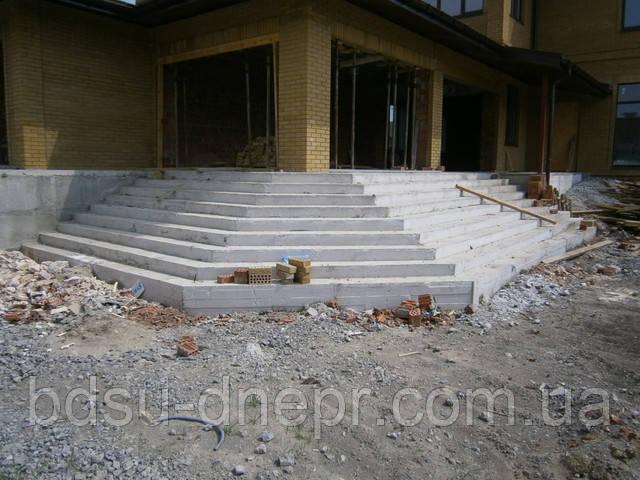 Бетонные работы и заливка бетона в Днепропетровске