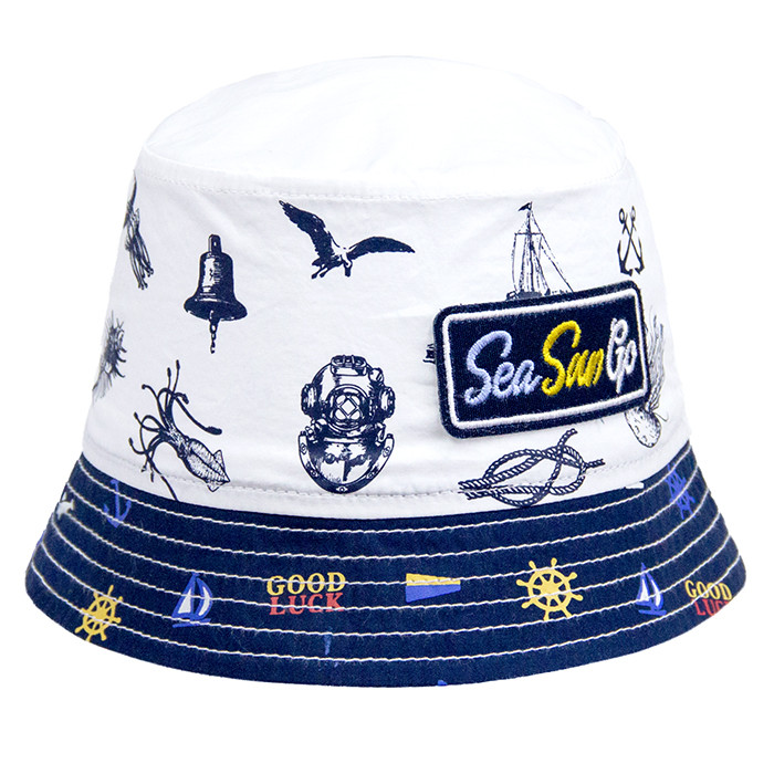 Модная панамка с морским принтом
