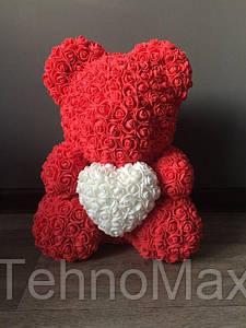 Мишка из роз 40 см красный (сердце белое ) 830089