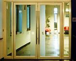 Алюмінієві маятникові двері *, фото 6