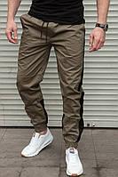 Мужские штаны джоггеры с лампасом