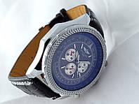 Мужские часы BREITLING кварцевые, черный циферблат, корпус в серебристом цвете