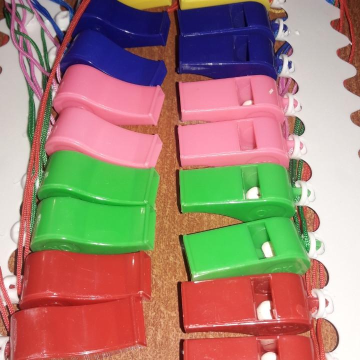 Свисток для спасательного жилета. сигнальный свисток, спортивный свисток