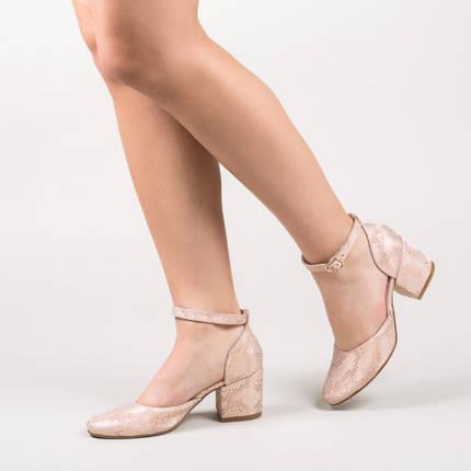 Туфли кожаные на ремешке с каблуком широким 6 см бежевые, фото 2
