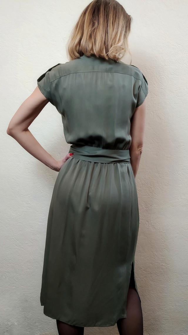 Женское платье хаки с коротким рукавом