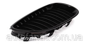Оригинальная решетка радиатора черная правая M Performance BMW 5 (E60) (51712155446)