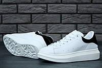 Женские кроссовки Alexander McQueen Oversized Sneakers white-black