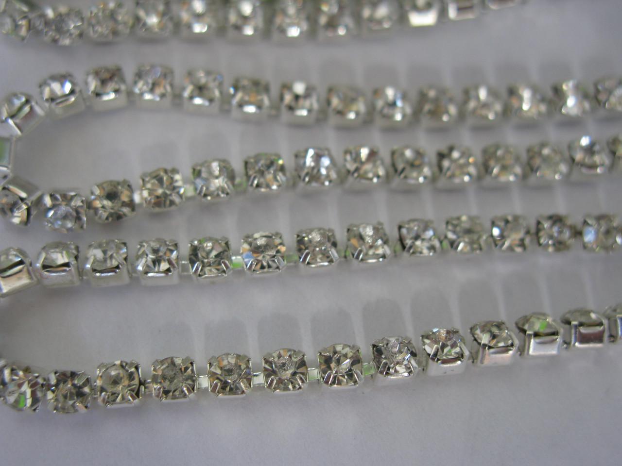 Цепочка со стразами ss16 Crystal silver, 1м.