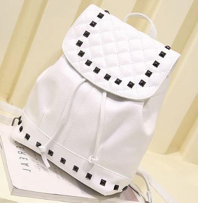 Рюкзак женский кожзам. с фурнитурой белый