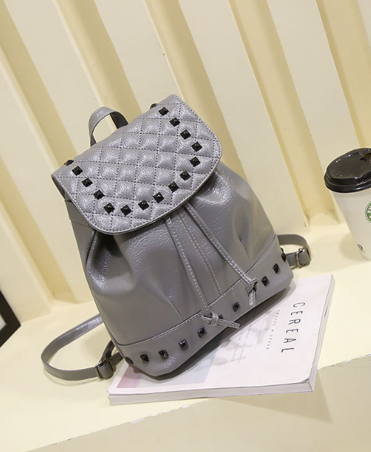 Рюкзак женский кожзам. с фурнитурой